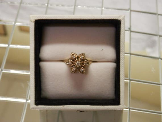 1960's Diamond Cocktail Ring / Engagement / Promi… - image 4