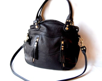 Larch bag in black - gold tone hardware - tassel zippers