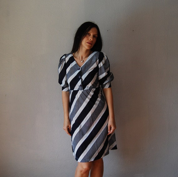 vintage 1980s NAUTICAL stripes PUFF sleeves dress