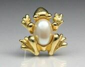 Vintage Richelieu Jelly Belly Frog Brooch
