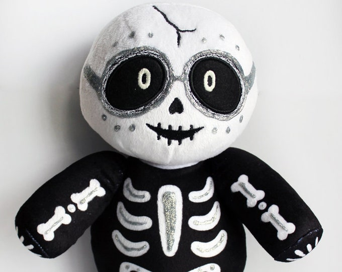 Dia de los Muertos (Day of the Dead) Vincent Limited Edition Plush Variant - Silver Glitter