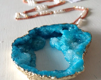 Stunning Turquoise Blue Druzy Geode Pendant Necklace on Vintage Pearl Copper tone Bead Chain