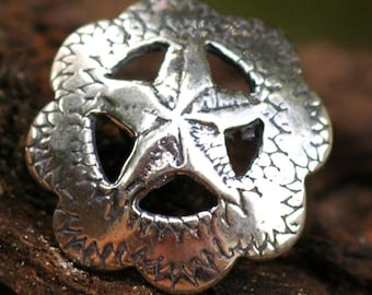 Southwest Navajo Button in Sterling Silver B-118