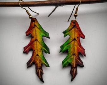Pin Oak leather leaf Earrings/0ak leaf/leaf/earrings/jewlery/nature/Faerie/cosplay/larp/tree/handmade/original/leather/pagan/heathen/leaves