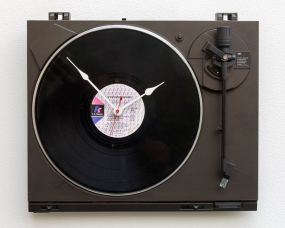 player LP audiophile music upcycle office, recycle Turntable motor Circuit board Clock record circuitboard desk reuse vinyl
