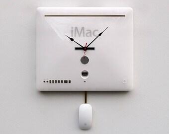 upcycled Mac clock, Apple clock, iphone, imac, Retro gift, Mac lovers clock, Apple lovers clock, recycled Apple macbook laptop cover clock
