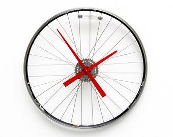 bike wheel clock, wall, gear, bicycle, unique, Recycle, upcycle, repurpose, reuse, reclaim, cycle, cycling, boyfriend, girlfriend, spoke,