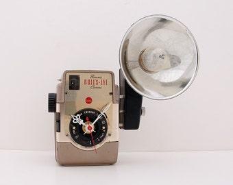 Kodak Brownie Bullseye Camera Clock, photographer, flash, film, unique, vintage, antique, repurpose, recycle, upcycle, reuse, desk, battery,