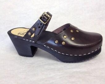 Carmen Med // Dark brown motled Medium Heel with bronze studs and simple strap