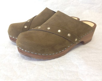 Cleo // Moss Green nubuc Low heel clog with studded strap