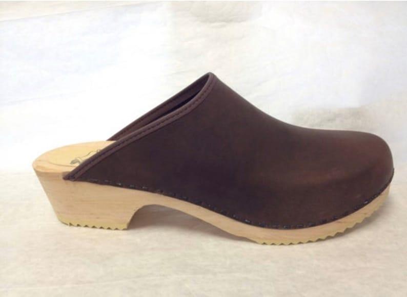 MENS DARK BROWN oiled classic low heel clog image 0