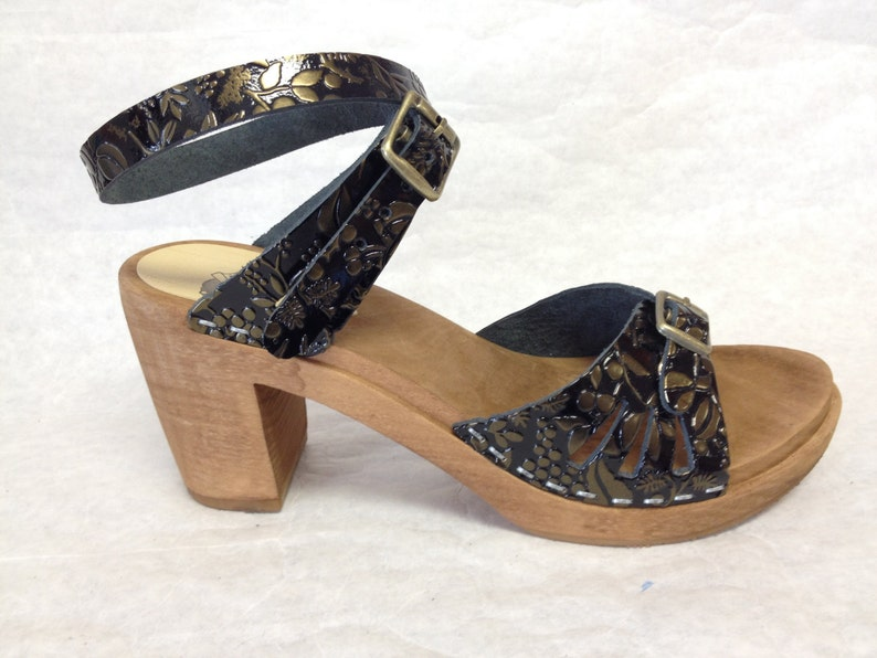 Super High Heeled gold embossed patent leather Vera sandal w/ image 0