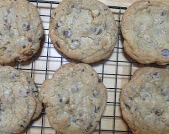 12 Jumbo Brown Butter Chocolate Chip Cookies w/ Walnuts