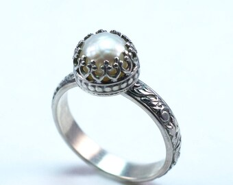 White Pearl Sterling Silver Ring / White Pearl Stacking Ring /Pearl Cocktail Ring / Made to Order / Bridal Ring / Pearl Statement Ring