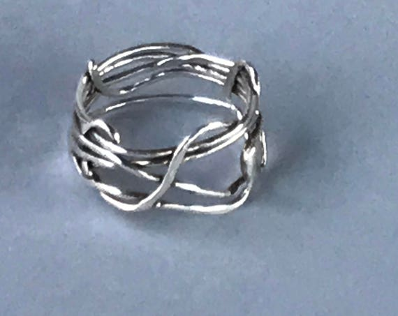 Twisty Wire Band Ring