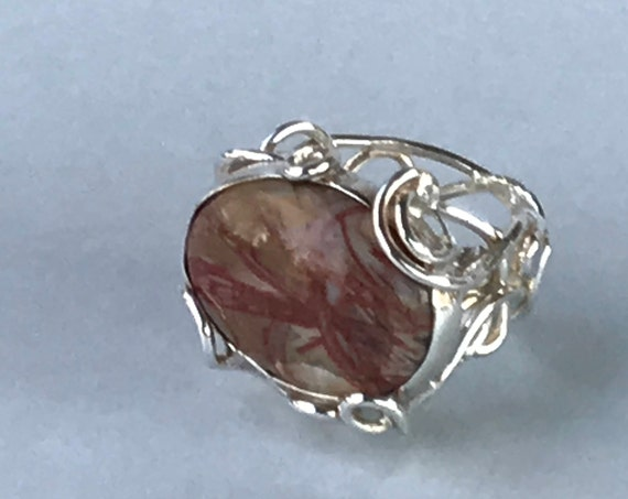 Twisty Wire Band Ring with Natural Stone