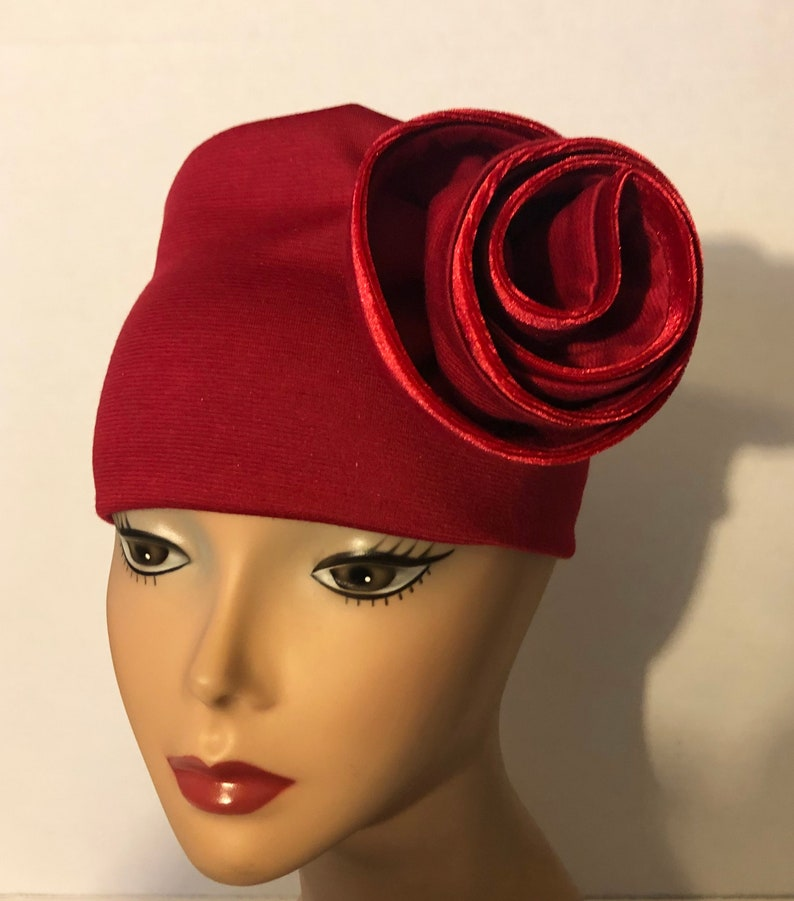 Red Knit Hat Red Knit Swirl Fashion Hat Velvet Piping image 0