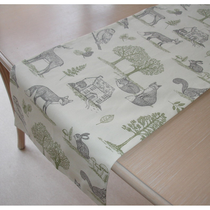 Table Runner 48 Woodland Scene Trees Foxes Stags Squirrels Owls Rabbits 4ft Fox Squirrel Owl Rabbit Animals 120cm