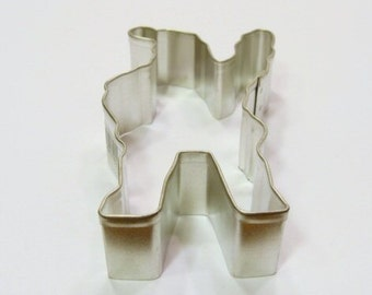 Santa Waving 4 inch Cookie Cutter