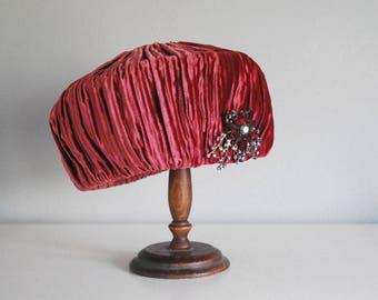 33e259c2f23 Brimless vintage hat