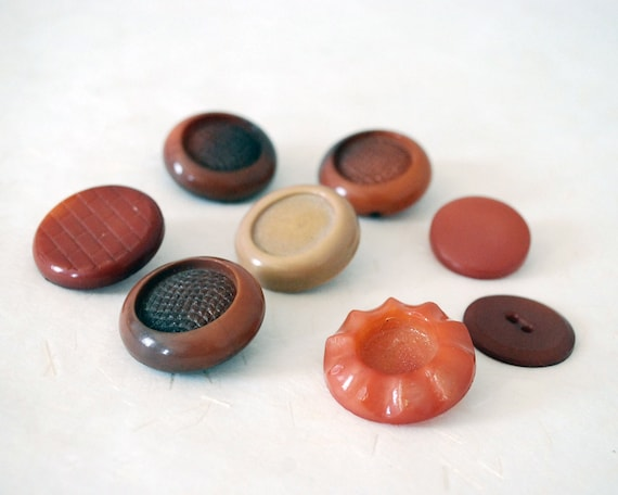 Chunky Coat Buttons, Vintage Plastic Button Lot, Textured Brown and Peach  Buttons, Sewing Supplies