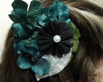 NIGHT TIME GARDEN - Black and Dark Green Floral Hair Fascinator