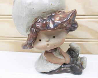 Vintage Stoneware Girl Figurine Made In Japan Bonnet Hat Kissing Face Retro