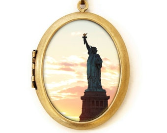 Statue of Liberty Silhouette - Photo Locket - NYC Photo Locket Necklace