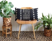 Black  and White Triangle African Mud cloth, 15x25 inch Lumbar pillow cover, Bohemian Decor, Geometric patterned modern home decor