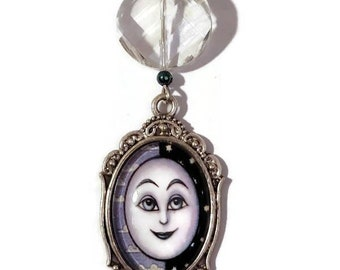 Full Moon Glass Cabochon Necklace