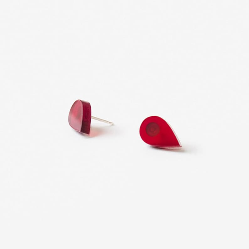 Stud earrings red teardrops // 925 silver image 0