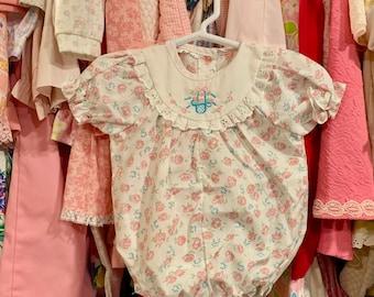 f6955d704 Vintage Baby Girls' Bodysuits | Etsy SE