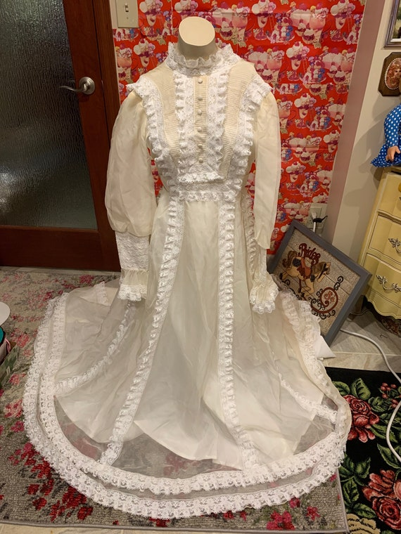 70s Wedding Gown xs
