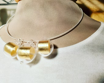 Gold scrolls necklace