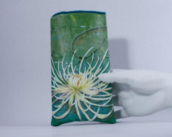 Chrysanthemum Eyeglass Case