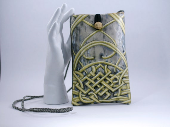 Endless Knot - Phone Bag
