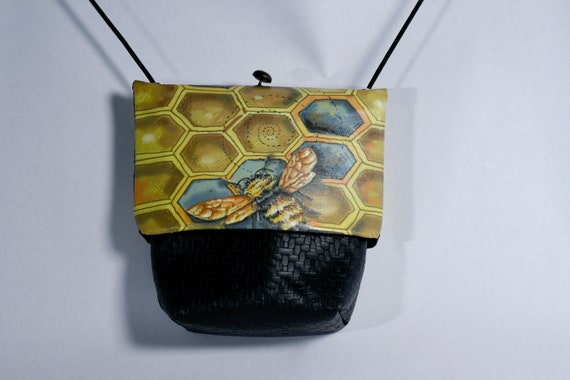 Bee Small Grommet Bag