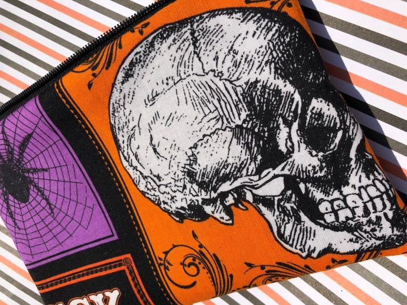 Halloween Zipper Pouch: Skull Bat Spider Spiderweb. image 0