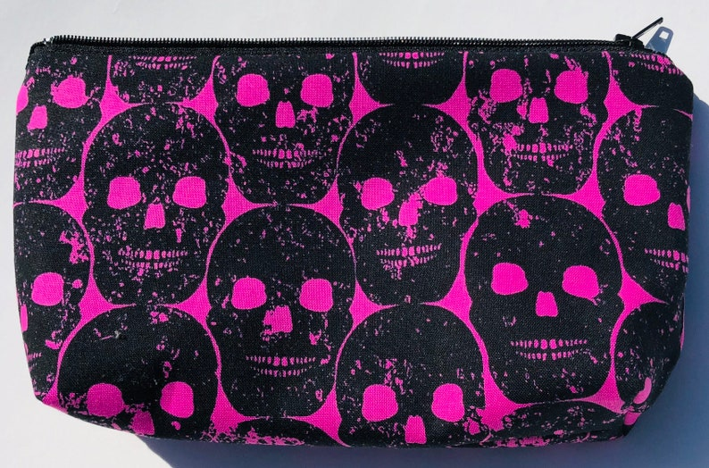 Numb Skull Cosmetic Bag  Skulls Makeup Bag Zipper Pouch. image 0