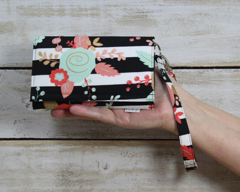 sale retailer cf376 b1d6a iPhone Wristlet Wallet, iPhone XS, XS Max, XR, 8 Plus, 7 Plus Wallet,  iPhone 6s 6s Plus, Galaxy Note 9, / Black Coral Stripe Floral