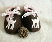 Newborn handfelted bambi shoes