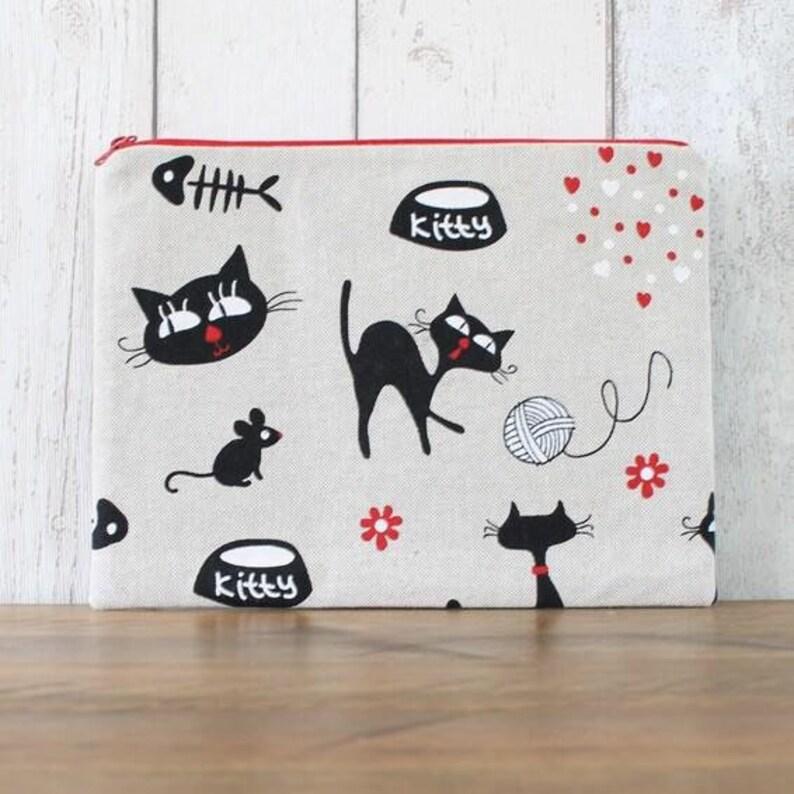 Black Cat Fabric Zipped Pouch Gadget Case Makeup Bag Coin Purse
