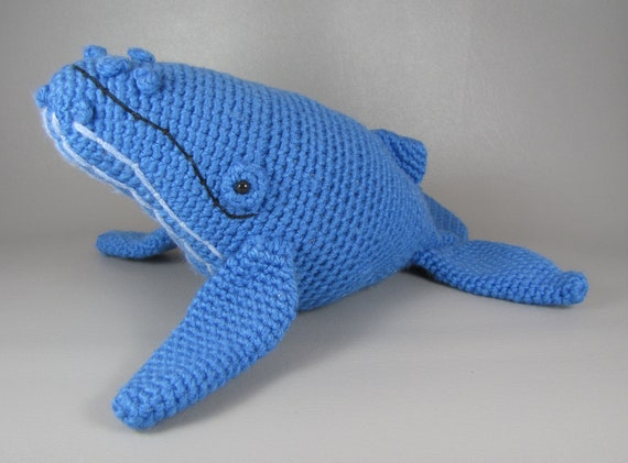 Crochet Humpback Whale Tutorial - YouTube | 421x570