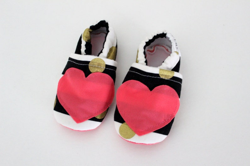 939de6afc6d5c Baby girl shoes Soft Sole Shoes Slip on Shoes Walking Shoes black white  stripes coral heart Infant girl shoes baby shower gift SWAG booties