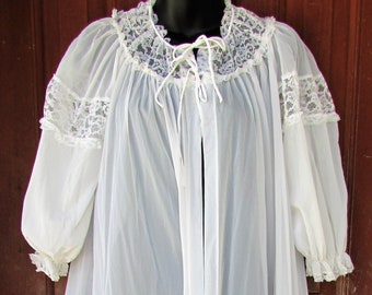 "RADCLIFFE SHEER White Robe Vintage Lace Trim 190"" Sweep Puffy Sleeves Lingerie M/L"