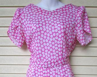 f6ea94072b6 70 s Jersey Party Dress Vintage 1970 s Cotton knit Tulip Short Sleeve Belt  Cocktail M