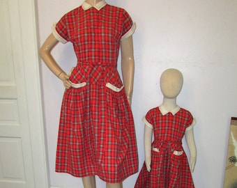 Matching Clothes for Mommy and Daughter 3-8 Year Baby Girls Dress Red Plaid Bow Long Sleeve
