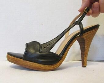 82c04560e0 1970's Wood PLATFORM Sandals Vintage 70's High Heel Strappy BARE TRAPS  Black Leather Shoes 6 M