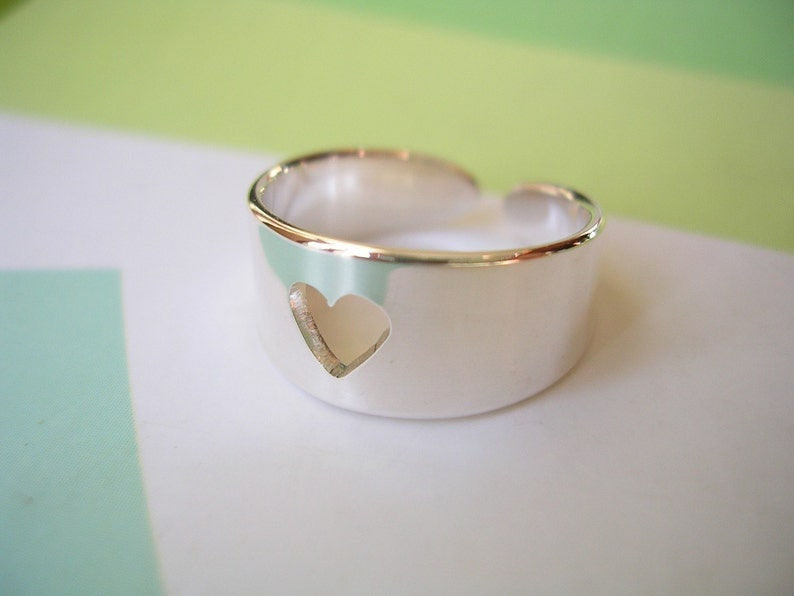 Argentium Silver 935 Cut Out Heart Design Sterling Silver Wide Heart Toe Ring