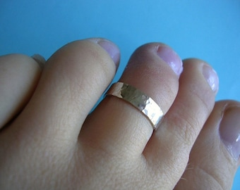 Silver Toe Ring - 4mm Flat with shimmer finish